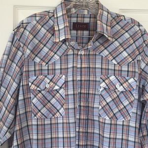 Levi's long sleeve button down thin flannel